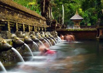 巴厘岛圣泉寺1-1920x1280